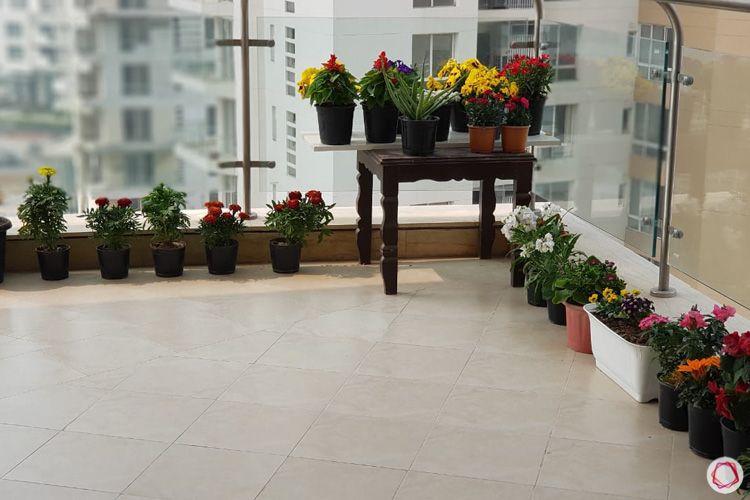 4 bhk flat-balcony-plants