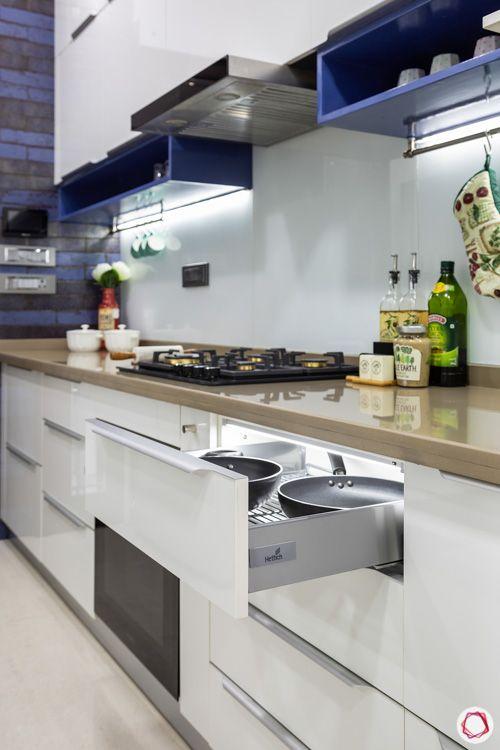 white-modular-kitchen-hob-unit-in-drawer-light-wall-shelves
