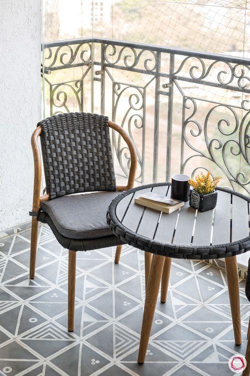 types-of-chairs-wicker-chair-balcony-metallic-railing
