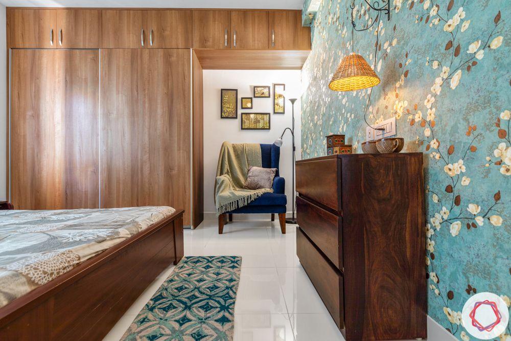 Wooden wardrobe-sliding doors-loft