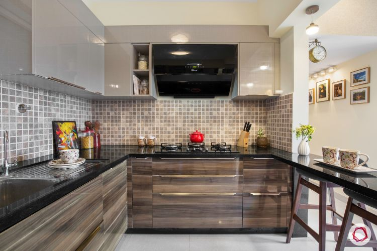 bangalore-home-design-kitchen-glossy-finish-breakfast-counter