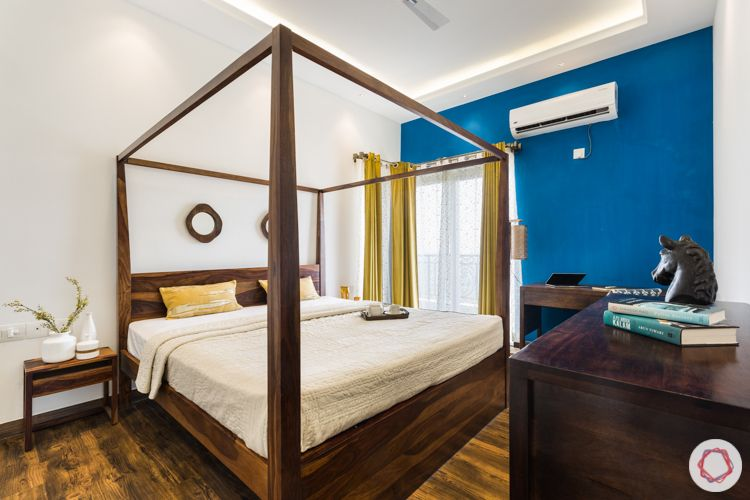 ace-golfshire-bedroom-four-poster-blue-wall