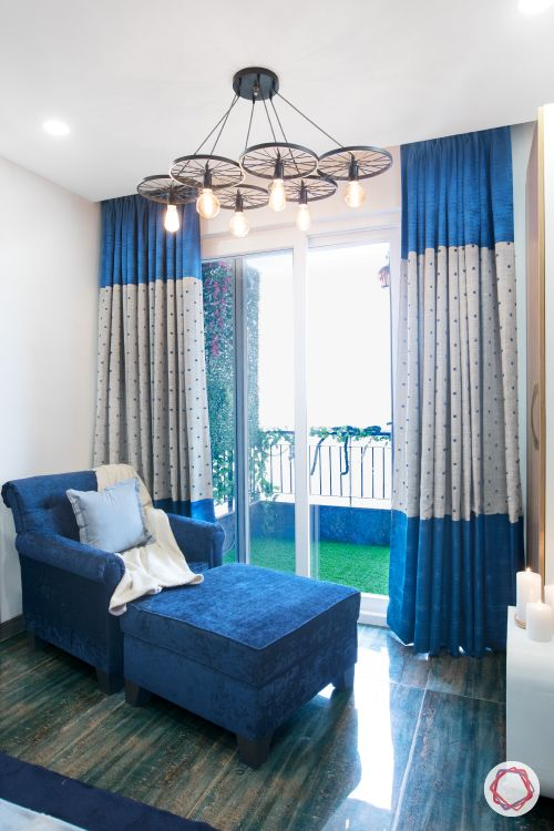 blue curtain designs-velvet curtains-blue sofa designs