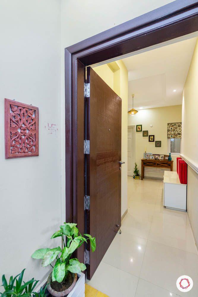 3BHK-design-entrance-door-wooden