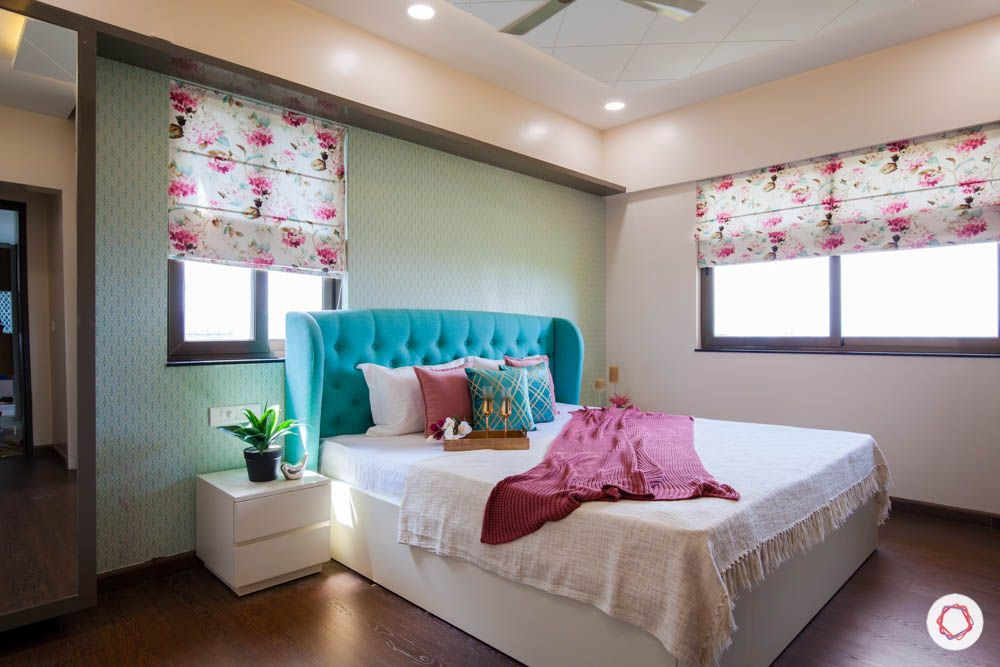 2-bhk-home-design-livspace-pune-master-bedroom