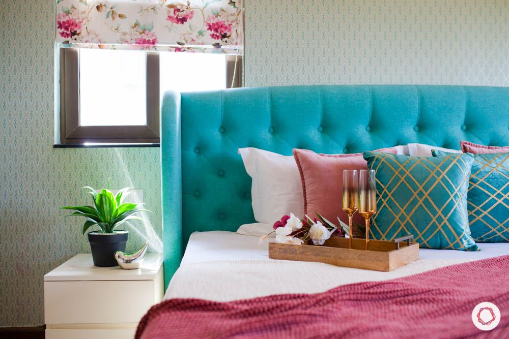2-bhk-home-design-livspace-pune-master-bedroom-tufted-headboard