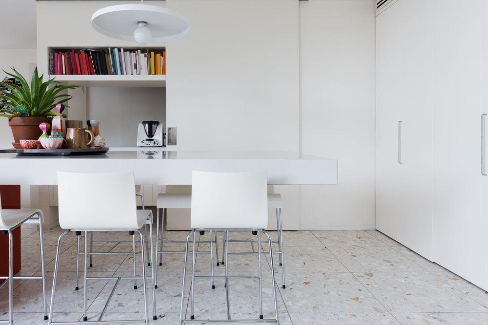 Terrazzo floor-breakfast counter-seating