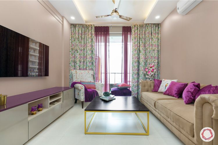 2-bhk-home-design-living-room-balcony