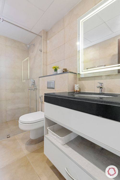 4-BHK-home-design-bathroom-white-black-counter-mirror