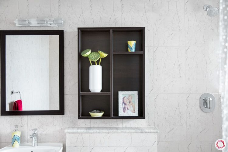 small-bathroom-organization-tips-open-shelves