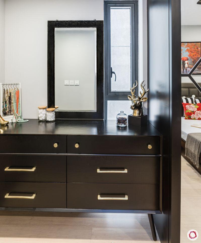 bedroom furniture-wooden dresser