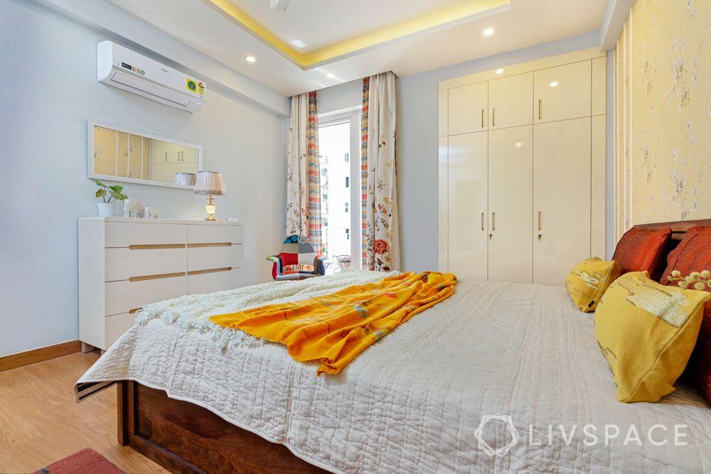 High gloss laminate wardrobe-dresser-mirror-daughter bedroom