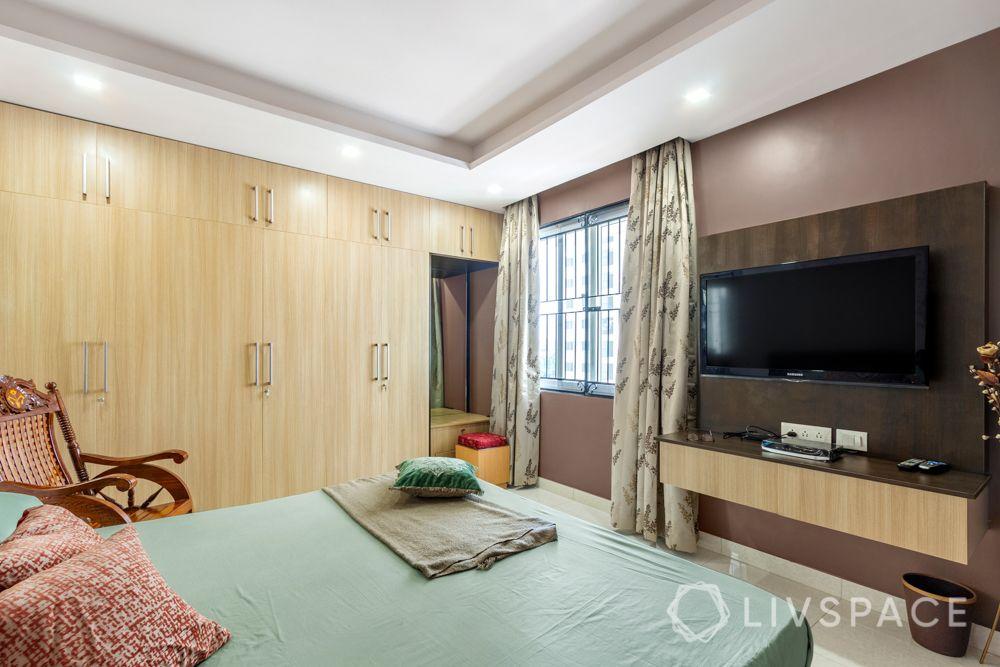 home-interior-designers-in-bangalore-prestige-bagamane-temple-bells-tv-unit