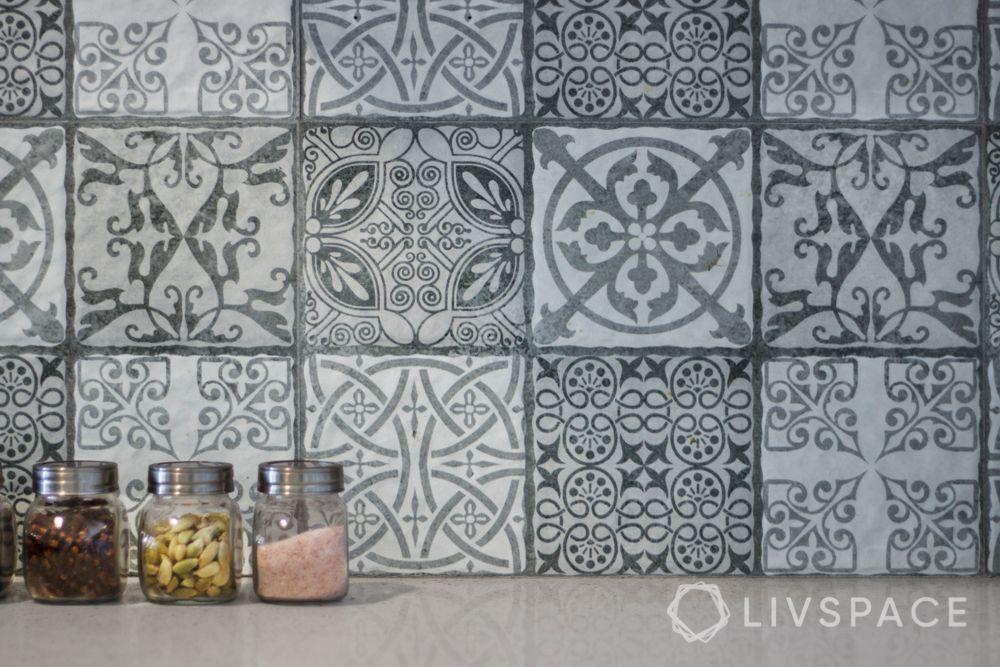 modern-kitchen-tiles-backsplash-classic-grey-tiles