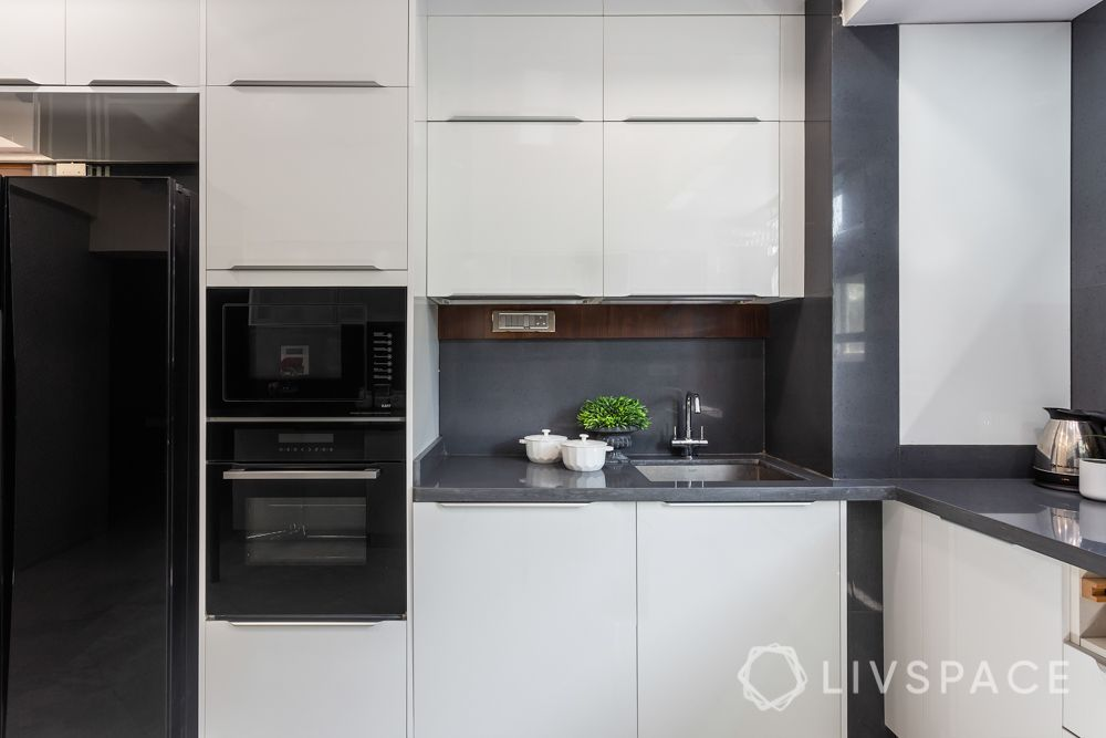 kitchen-renovation-interiors-in-Mumbai-microwave-oven-station