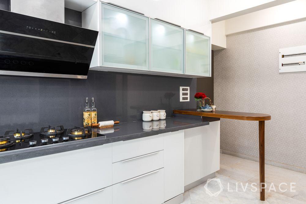 kitchen-renovation-wooden-breakfast-table