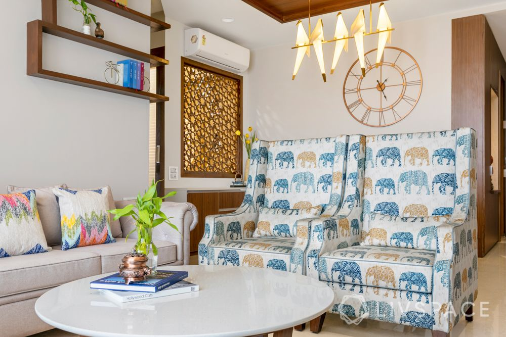 decorative items for living room-printed armchairs-clock-lighting