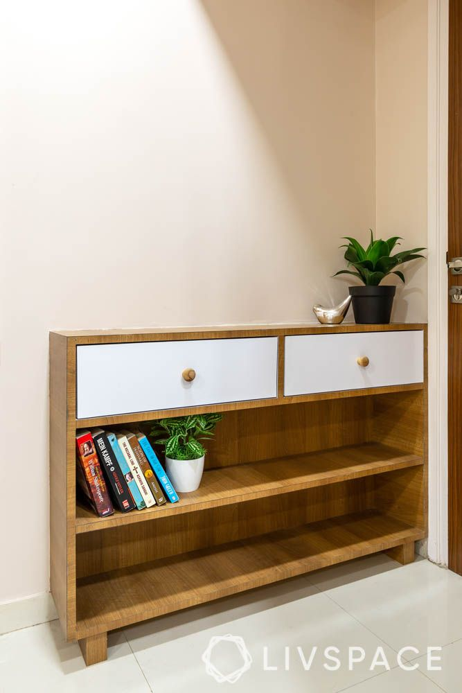 2-bhk-flat-in-mumbai-master-bedroom-console-table