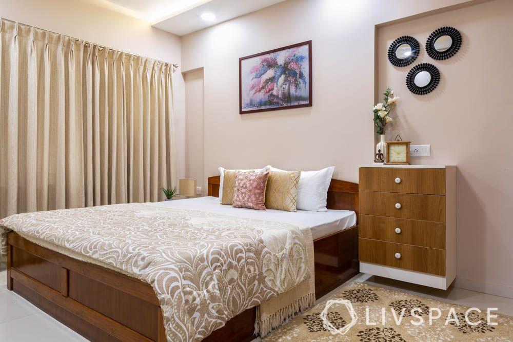 2-bhk-flat-in-mumbai-master-bedroom-painting