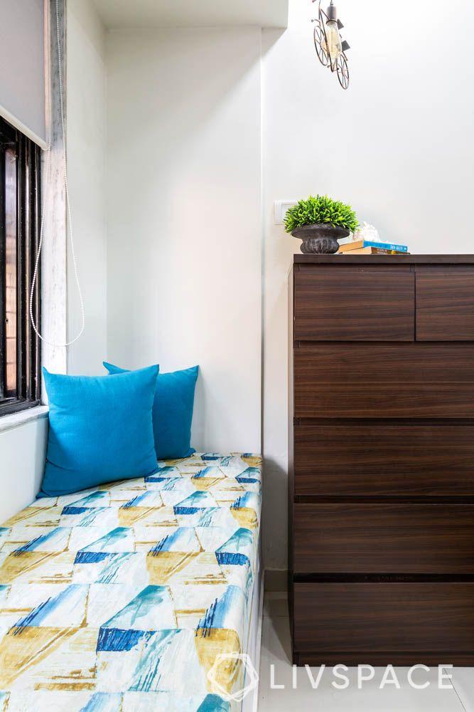 2-bhk-flat-in-mumbai-kids-bedroom-seat-chest-of-drawers