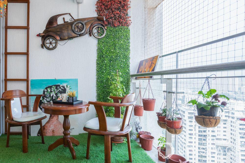 balcony garden ideas-wall mount-vertical garden-hanging plants