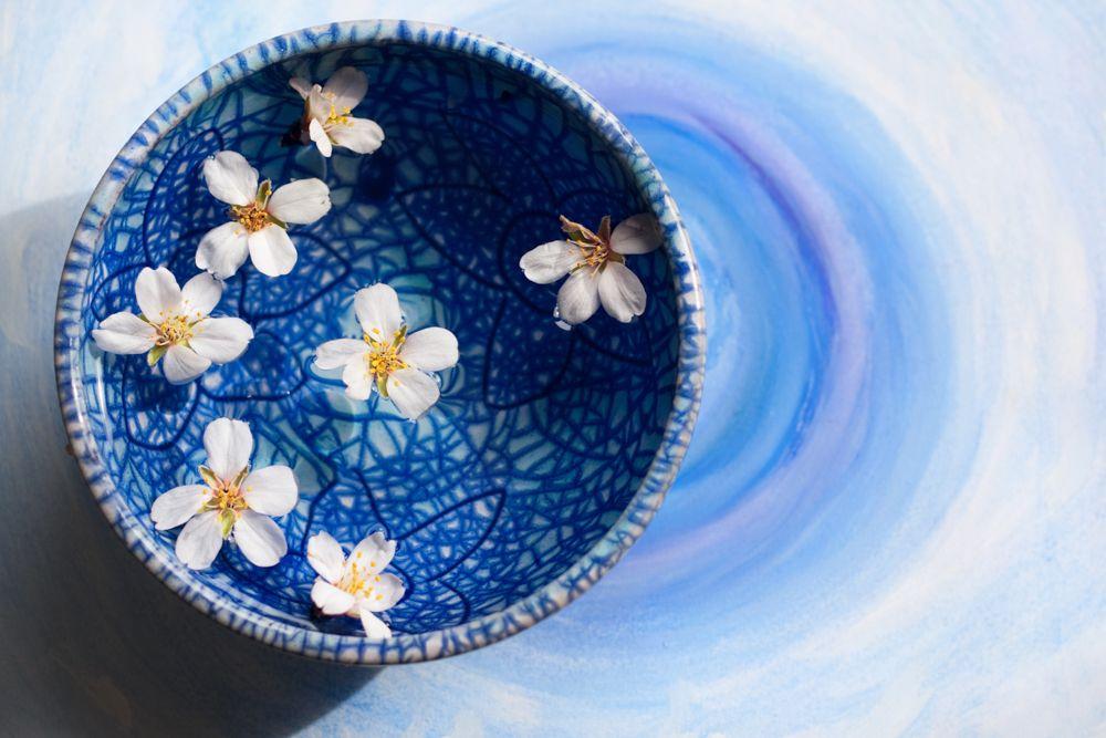 blue bowl-blue pottery