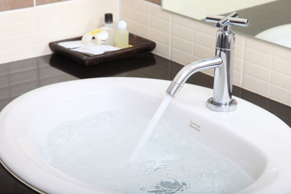 how-to-fix-a-leaking-tap-too-much-water