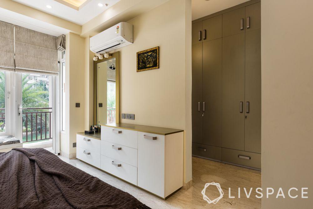 master bedroom design-walk in closet-vanity unit
