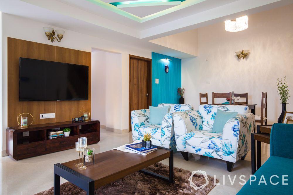 villa design-white armchairs-blue wall ideas