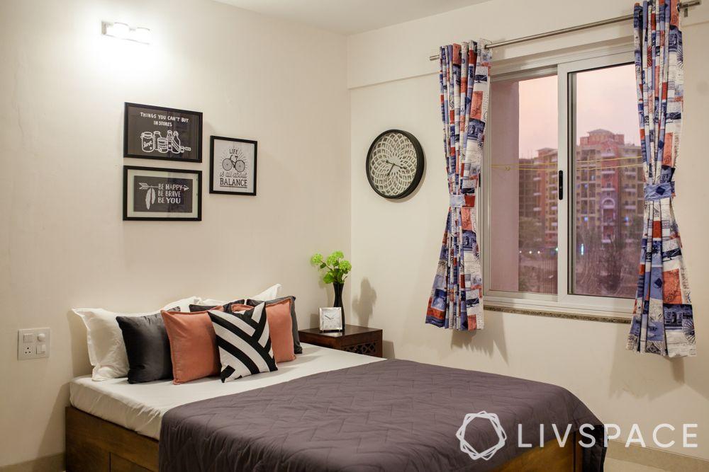 villa design-white wall ideas-cushion arrangement