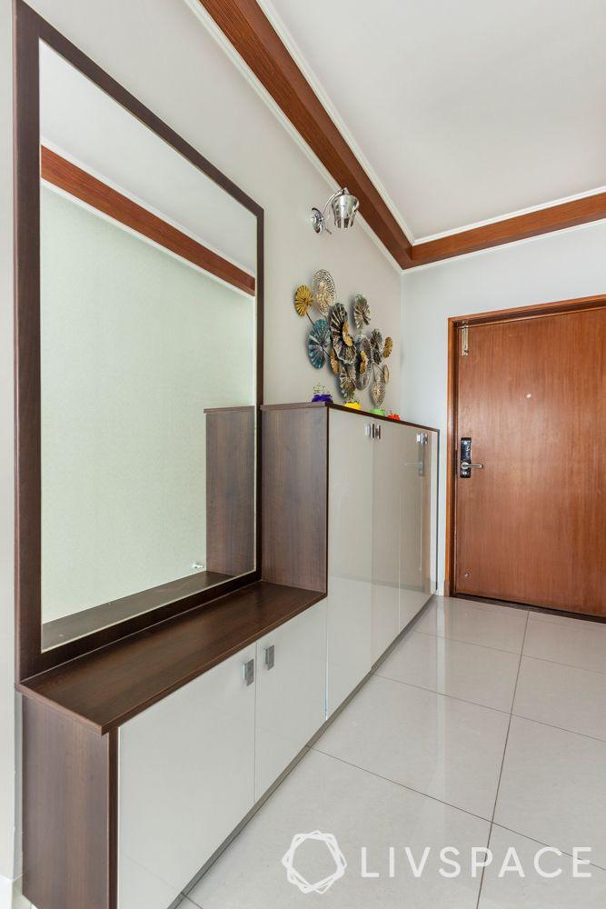 3 bhk interior-entryway design-mirror for entryway