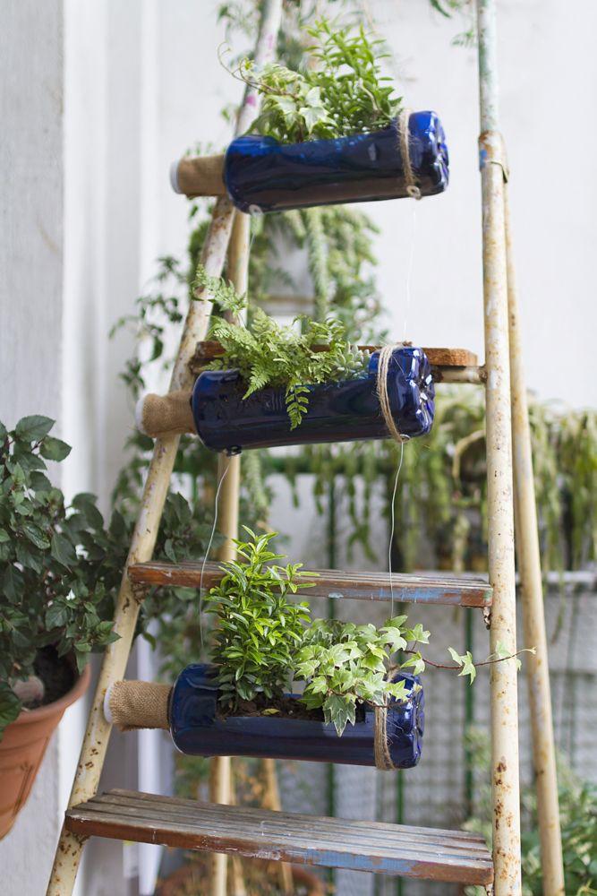 diy ideas for the home-bottle holder-ladder upcycle-garden balcony