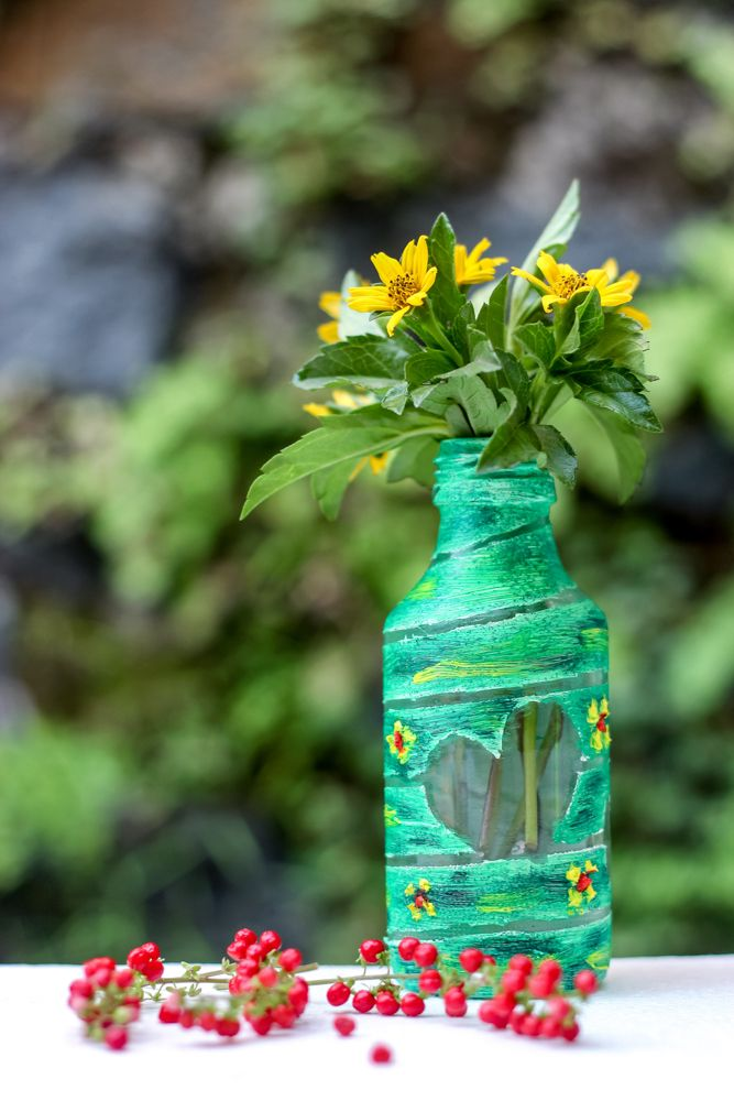 diy-glass-bottles-flower-vase