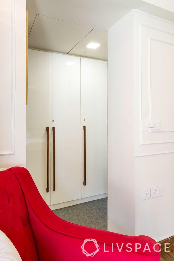 walk in wardrobe-master bedroom