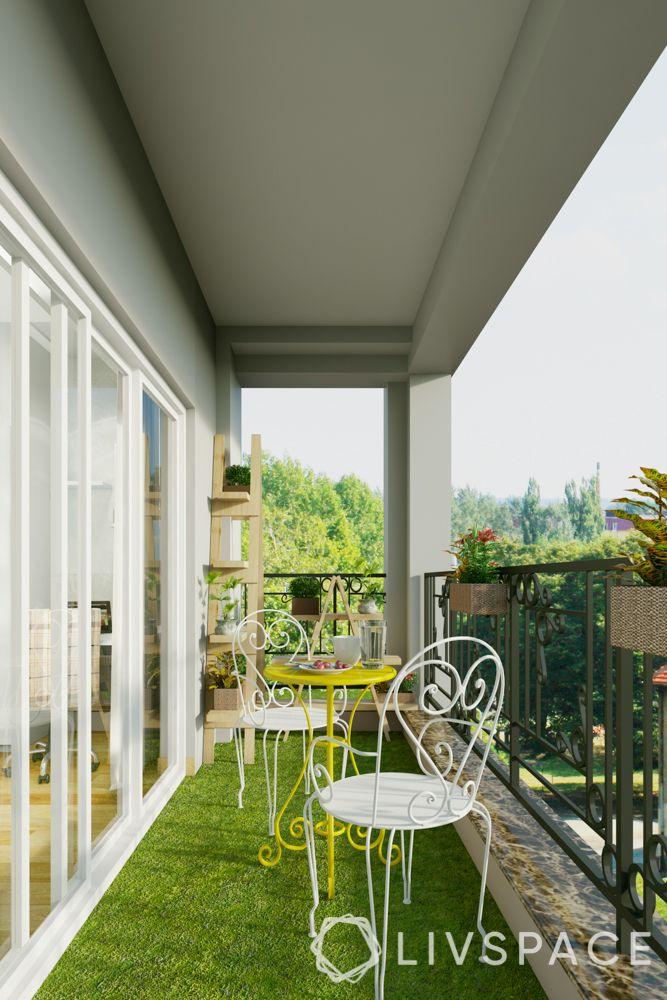 Balcony-iron seating-turf