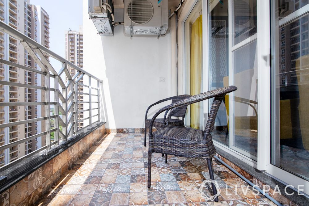 balcony flooring ideas-indian tiles for balcony