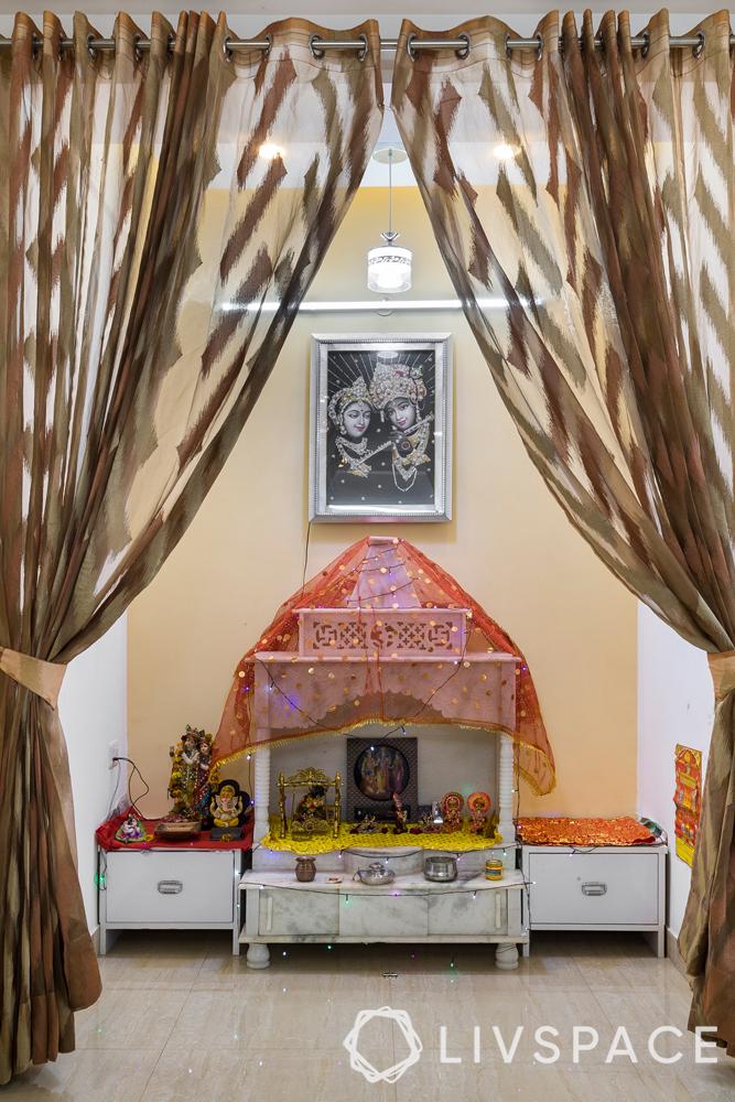 interior designer in greater noida-pooja-corner-wall niche