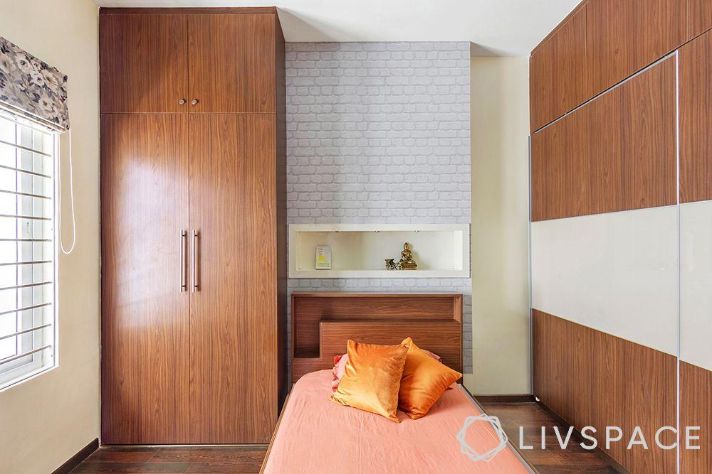 Livspace Advantage-wooden wardrobe-sliding wardrobe design-simple bedroom