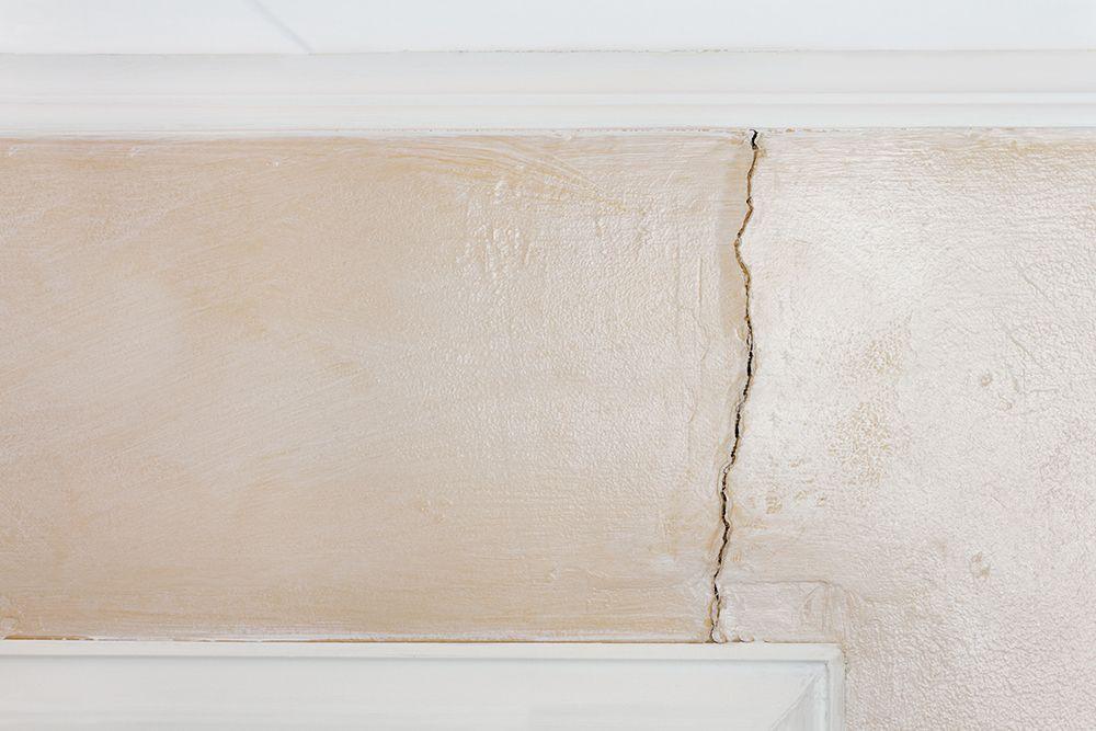 wall paint types-crack bridging paint