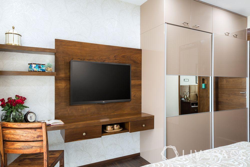 champagne-coloured-cupboard-mirror-lofts