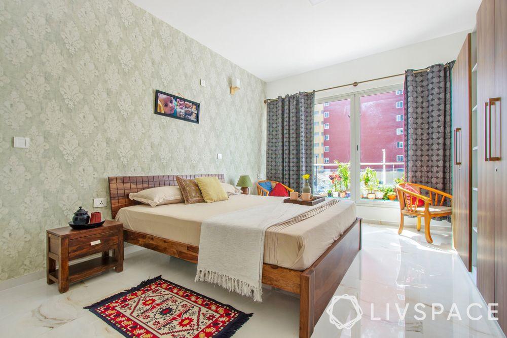 wooden bed design-red rug-wooden side tables
