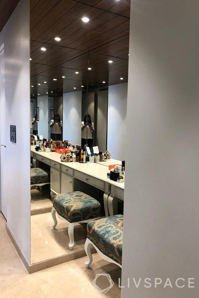 duplex interior design-dressing area