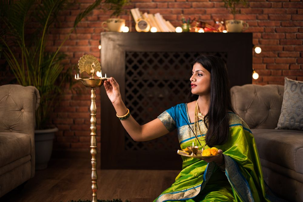 how to light a diya-diwali diya