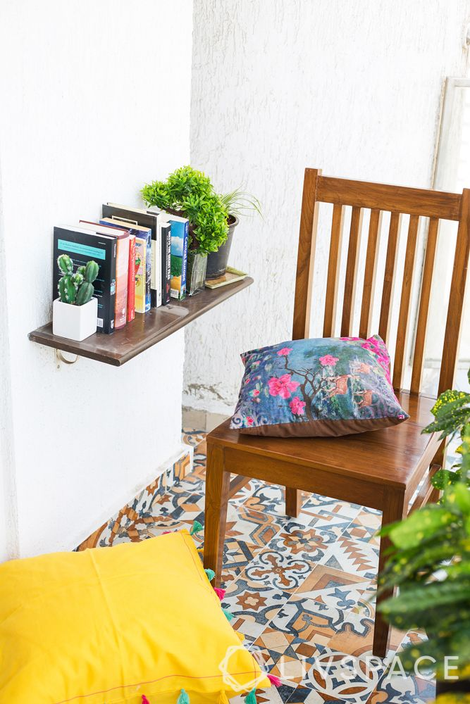 small balcony-book corner