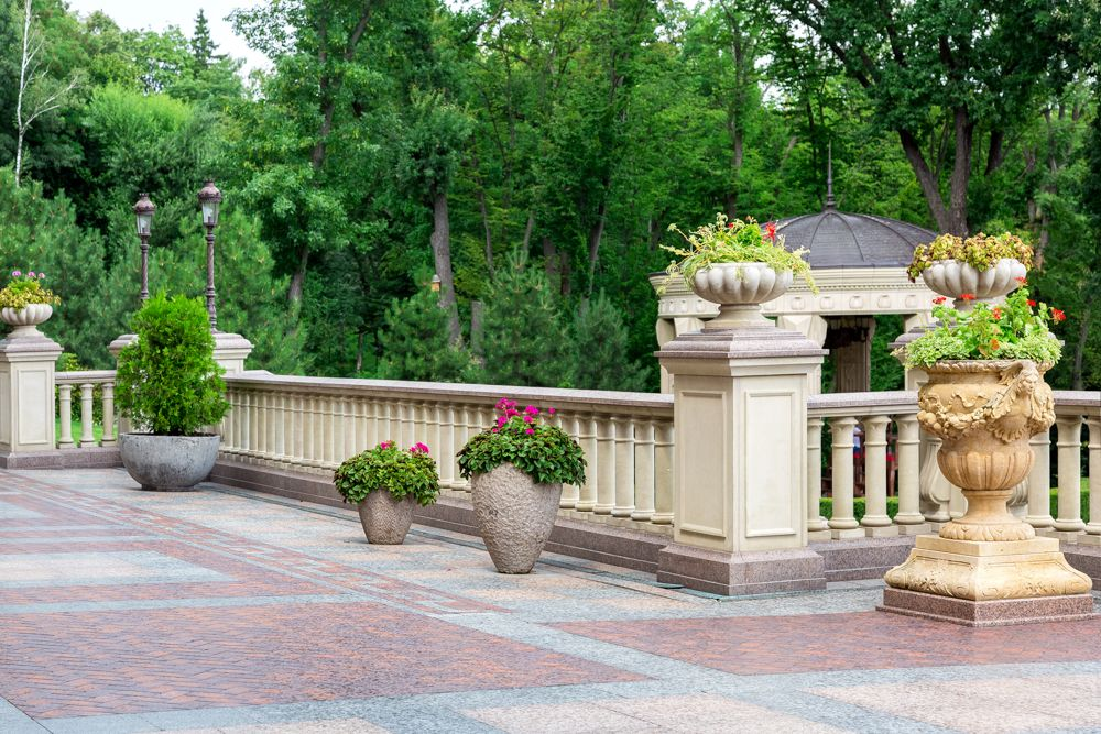 terrace grill design-traditional-balustrade