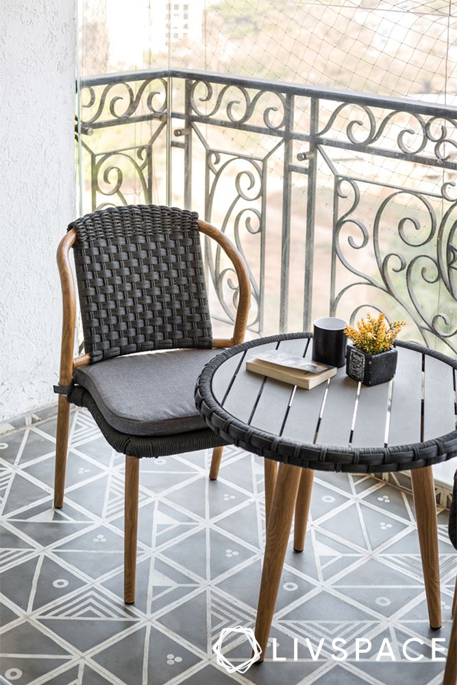 balcony seat options-wicker chair
