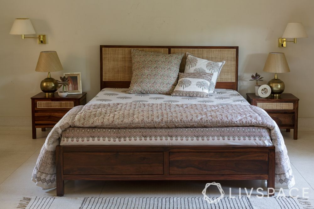 bed decors-traditional bed