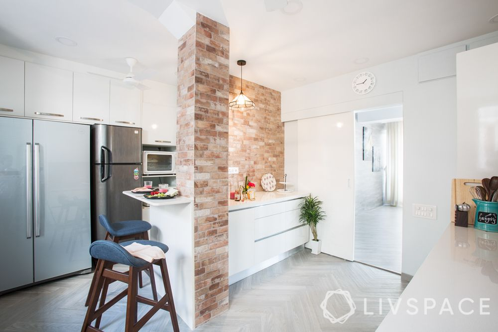 kitchen-exposed brick wall