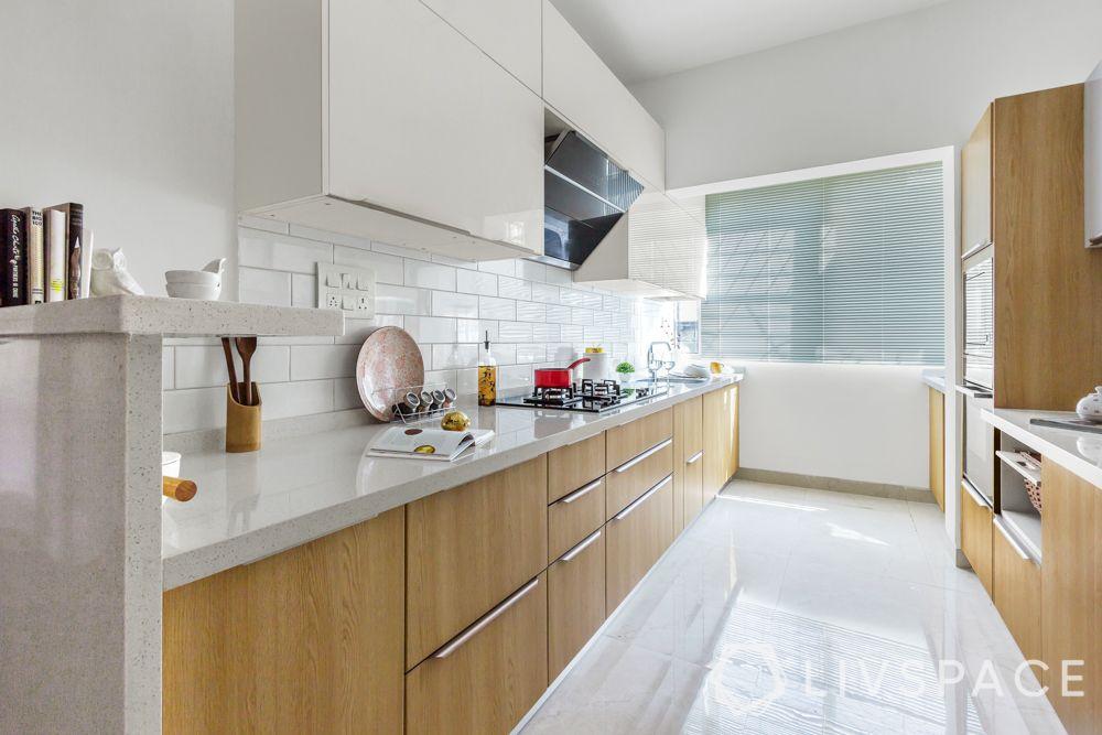 two toned kitchen-white quartz countertop