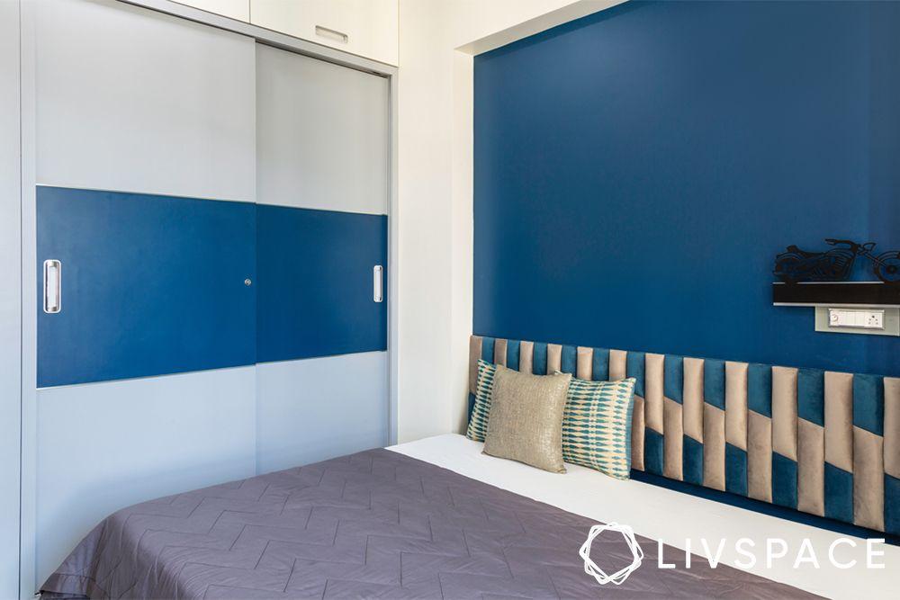 bedroom design mistakes-sliding wardrobe
